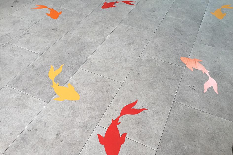 Application_floor-graphic_sticker5
