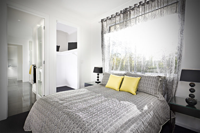 Application_bed-cover-and-curtains